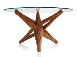 Le designer néerlandais J.P Meulendijks a créé la Table LOCK à partir de couches pliées de placage de bambou.