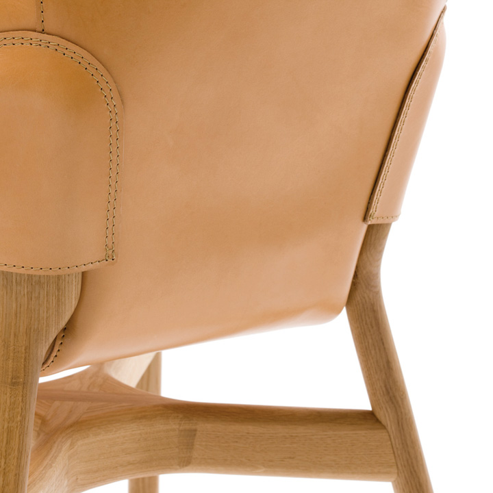 3-pocket-chair-by-ding3000-for-discipline