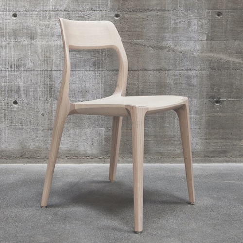 leibal_woodenchair_veryday_2