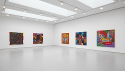 2-yayoi-kusamas-give-me-love-exhibiti-at-david-zwirner-new-york