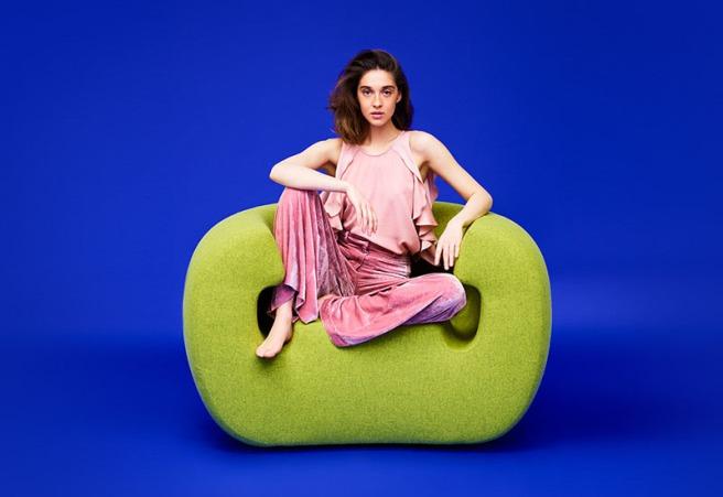 sculptural-bright-green-armchair-modern-furniture-design-290517-1015-01