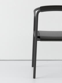 mathieu+delacroix_asco_armchair_profile_01